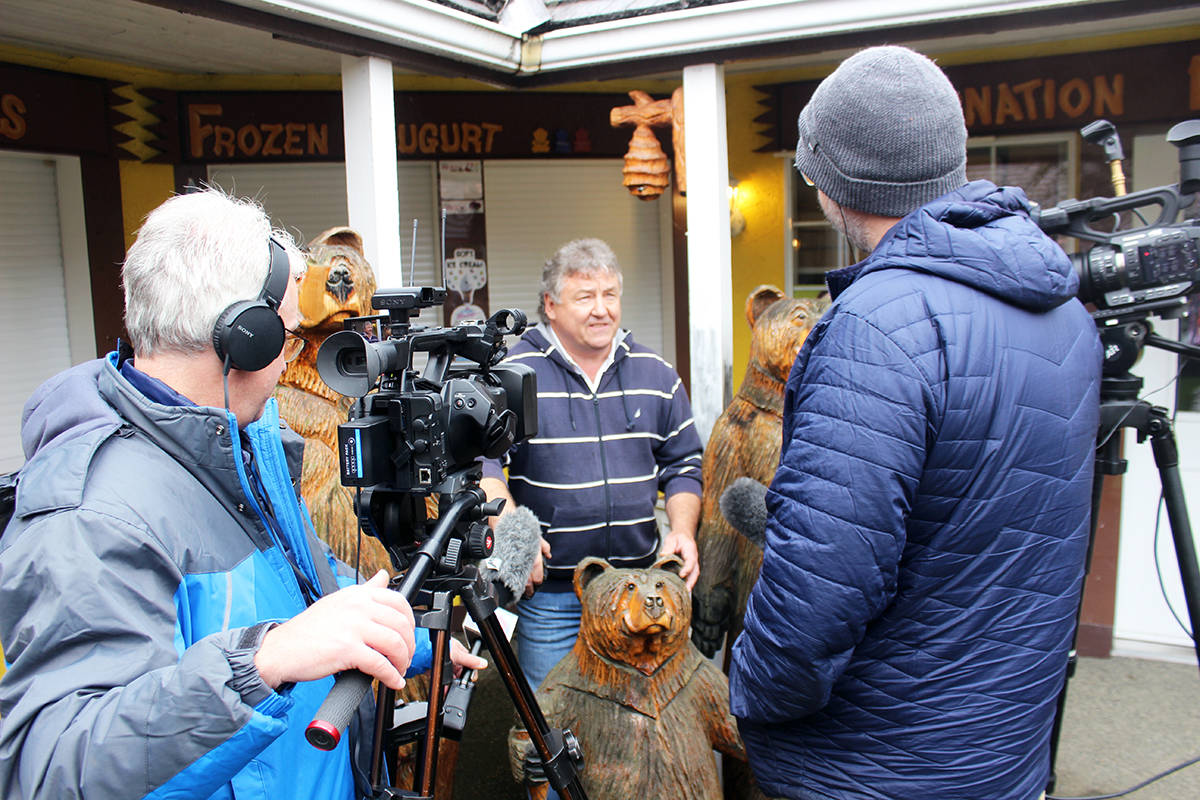 Ward Yeager talks to the media about the return of Baby Bear. (Photo by Don Bodger)