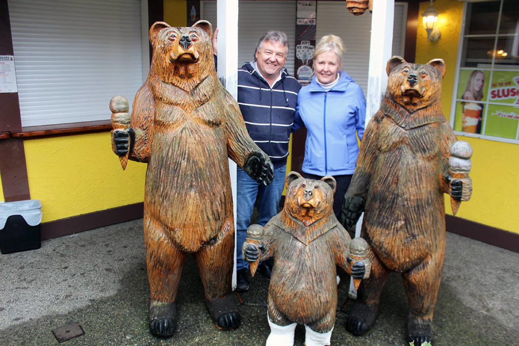 Reunited and it feels so good. Ward and Kathy Yeager back with the full bear family outside Baby Bears Ice Cream Shoppe. (Photo by Don Bodger)