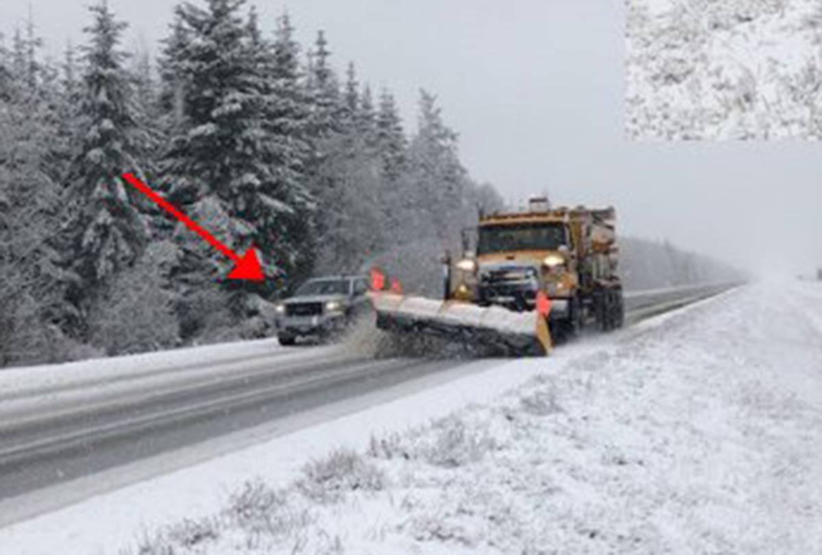 PHOTOS: Driver performs risky manoeuvre to pass B.C. snowplows, sparking warning