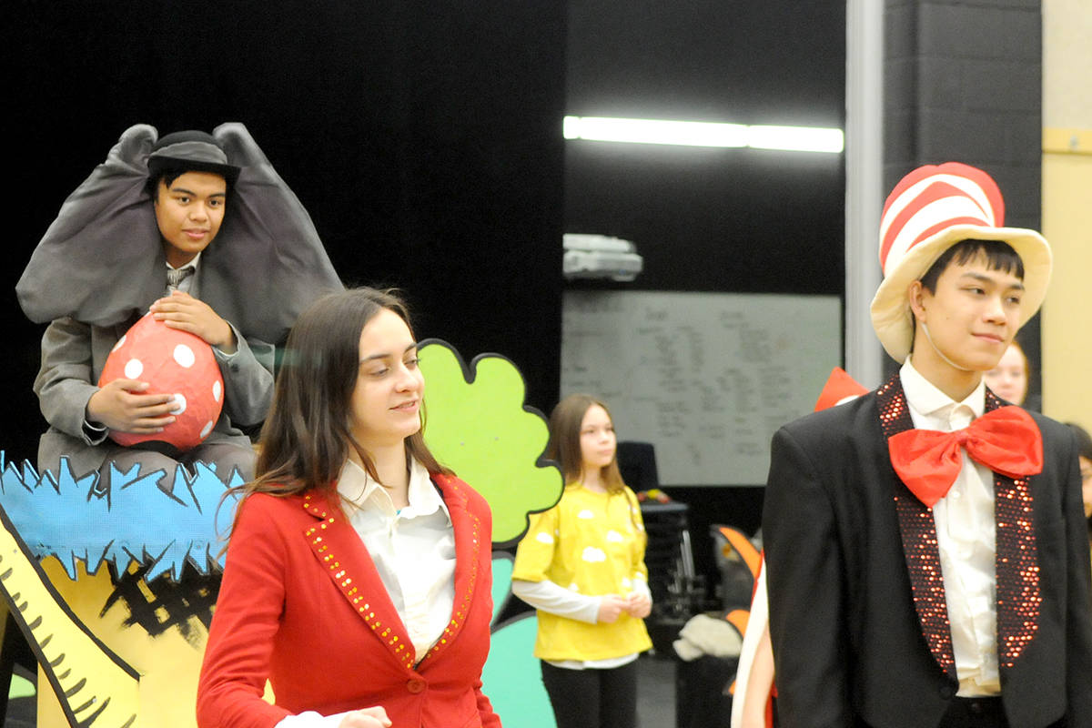 VIDEO: Horton, the Grinch, the Cat in the Hat, and other beloved characters come together for one big show