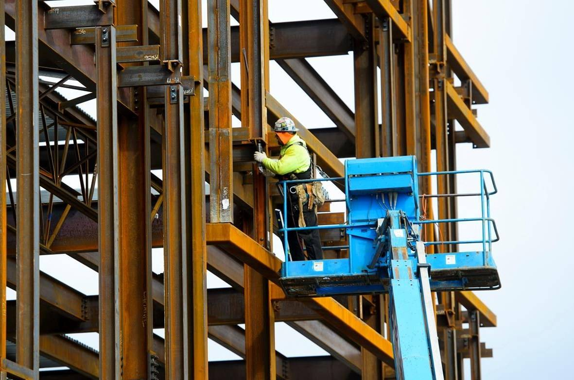 January's increase in jobs came as the unemployment rate fell to 5.5 per cent compared with 5.6 per cent in December(The Canadian Press file photo)