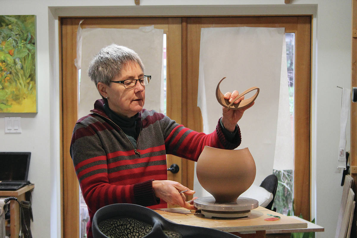 Internationally acclaimed potter Mary Fox plans to raise over $1 million for her Legacy Project (Cole Schisler photo)