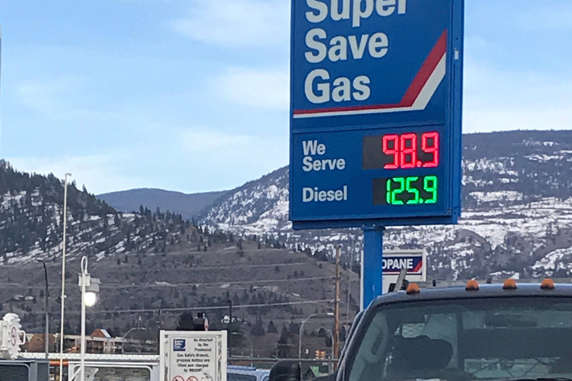 Gas prices at the Super Save in Penticton have dropped below a dollar a litre. (Danah Phillips contributed photo)