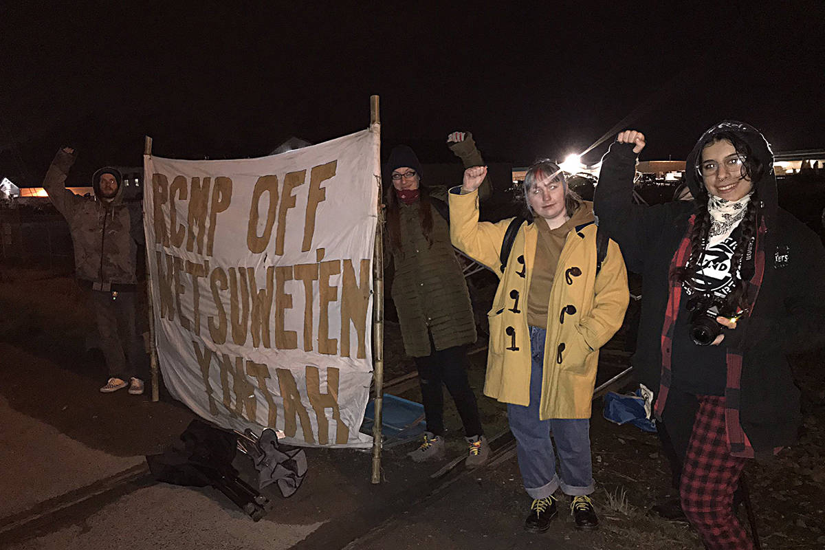 Protesters erected the blockade late yesterday evening, Feb. 24, and have camped out overnight. Photo taken from @stopdisplacemnt Twitter handle.