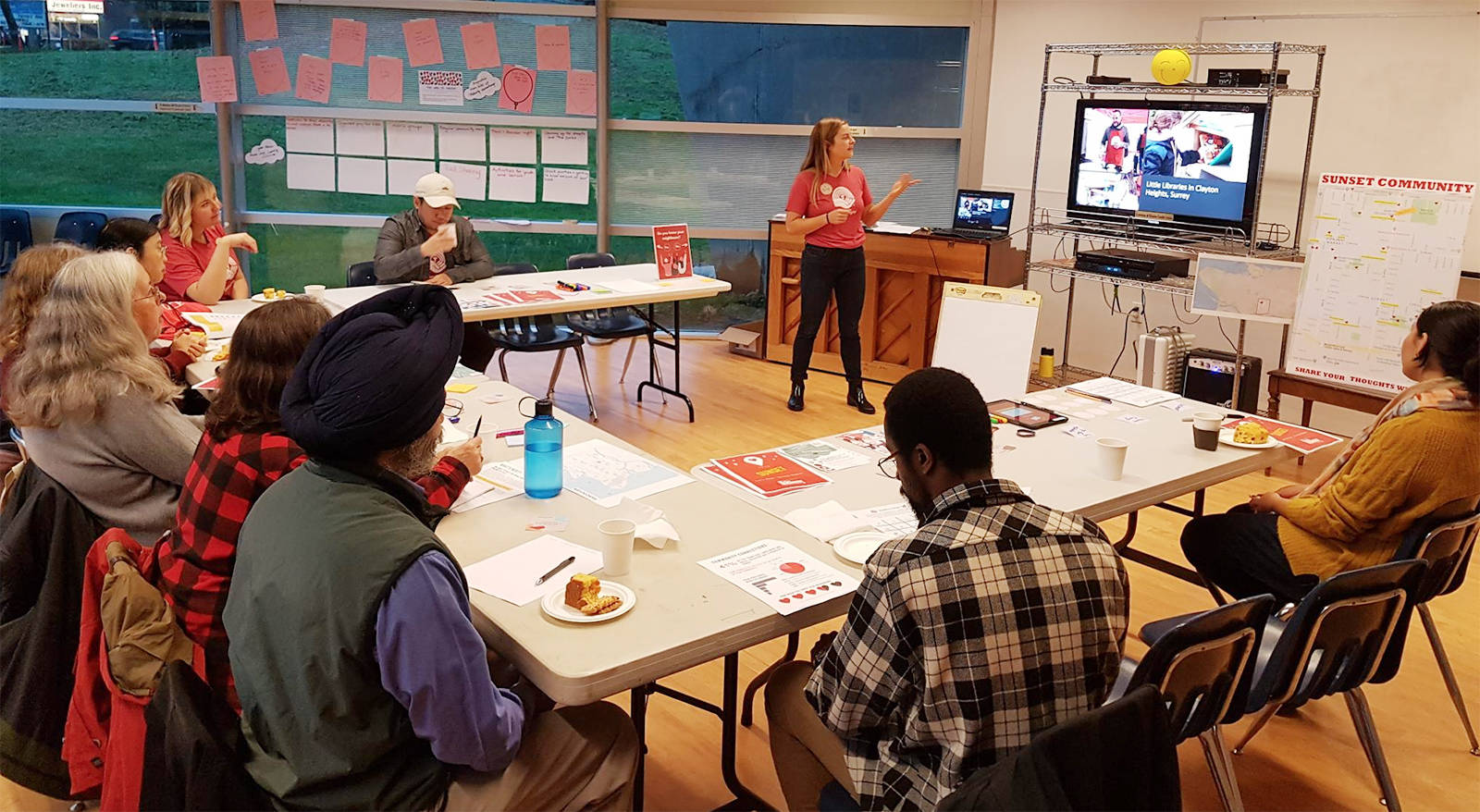 Community engagement specialists from United Way are working in grassroots ways with local residents and community agencies like the South Vancouver Neighbourhood House. In places like Sunset in Vancouver, they are exploring what residents say are the greatest assets and challenges in their neighbourhoods, and empowering them to take action.