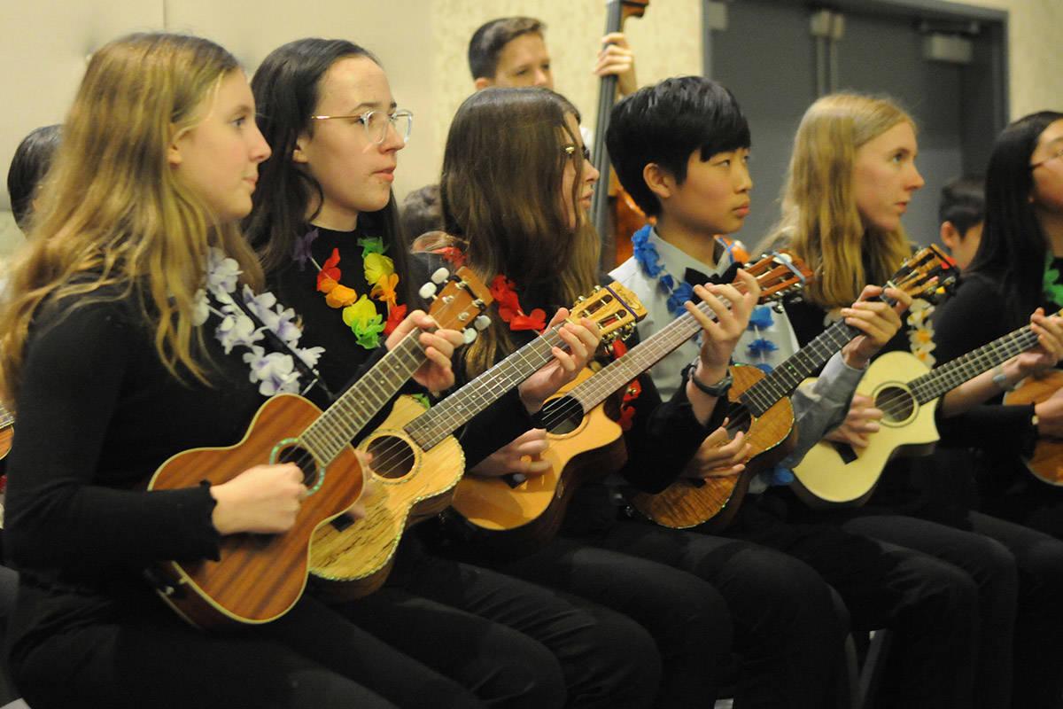 VIDEO: Langley City council says 'Mahalo' to volunteers with Hawaiian-themed celebration Tuesday night
