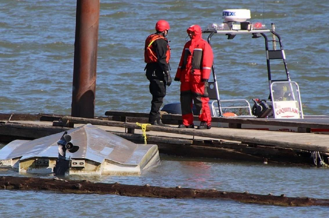 Search and Rescue continue to search for the missing boater. (Shane MacKichan photo)