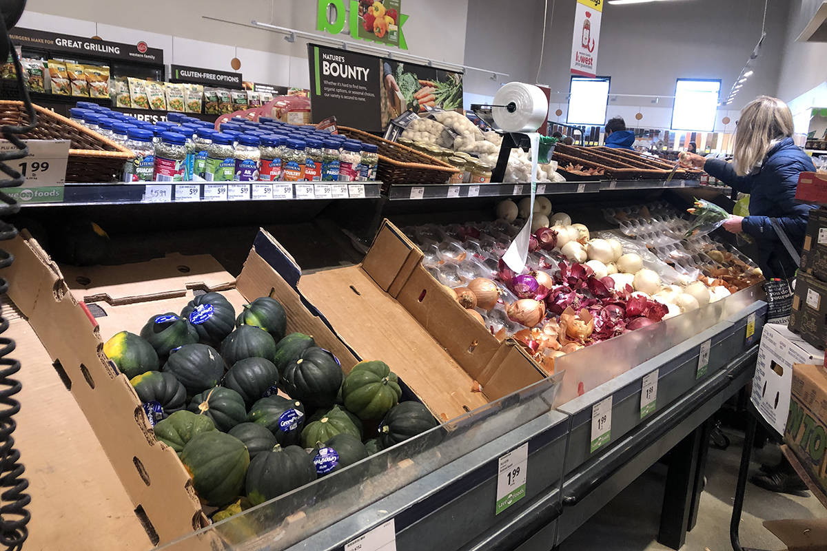 Grocery stores across the country are making changes to slow the spread of COVID-19 and to care for their staff who are working through the outbreak. (Nicole Crescenzi/News Staff)