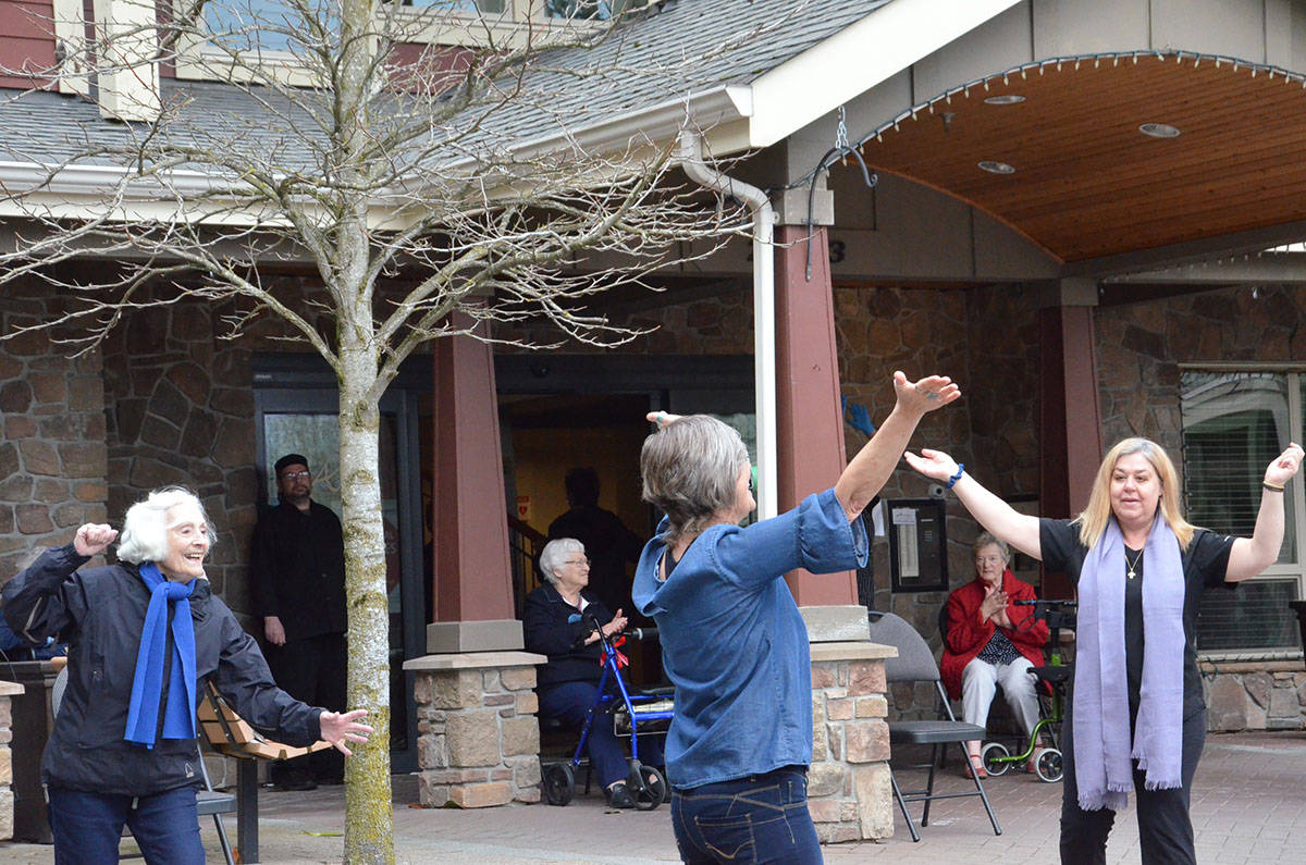 VIDEO: Avalon Gardens entertains residents with a courtyard serenade Sunday afternoon