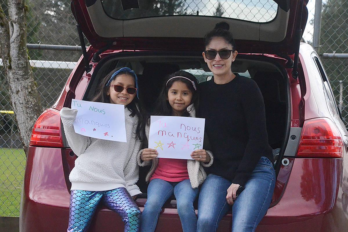 Daniela Ibarra and her daughters Danna Gonzalez, 8, and Liah Gonzalez, 6. (Matthew Claxton/Langley Advance Times)