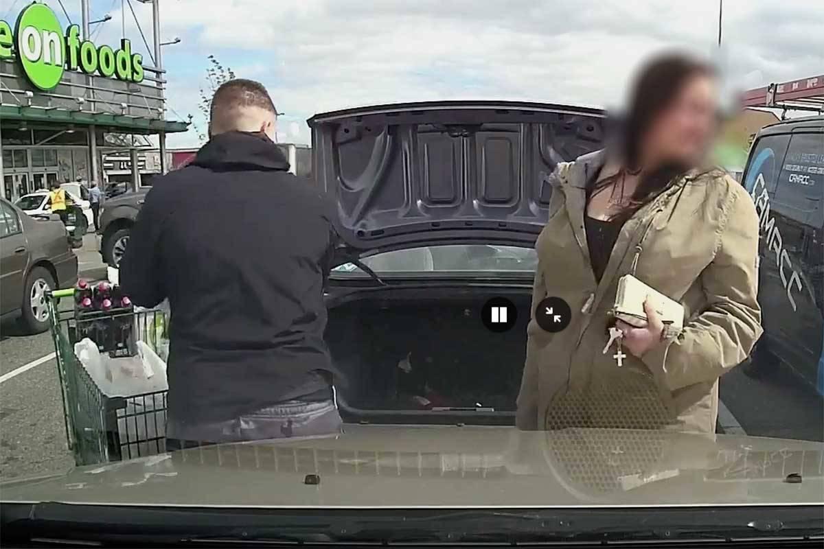 Langley litterbugs caught on dashcam trashing Save-On-Foods parking lot