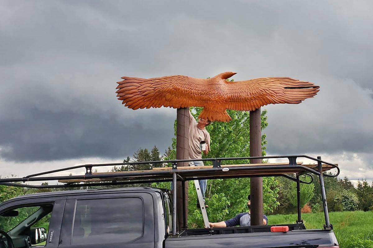 Massive cedar eagle soars high above the competition at Aldergrove disc golf park