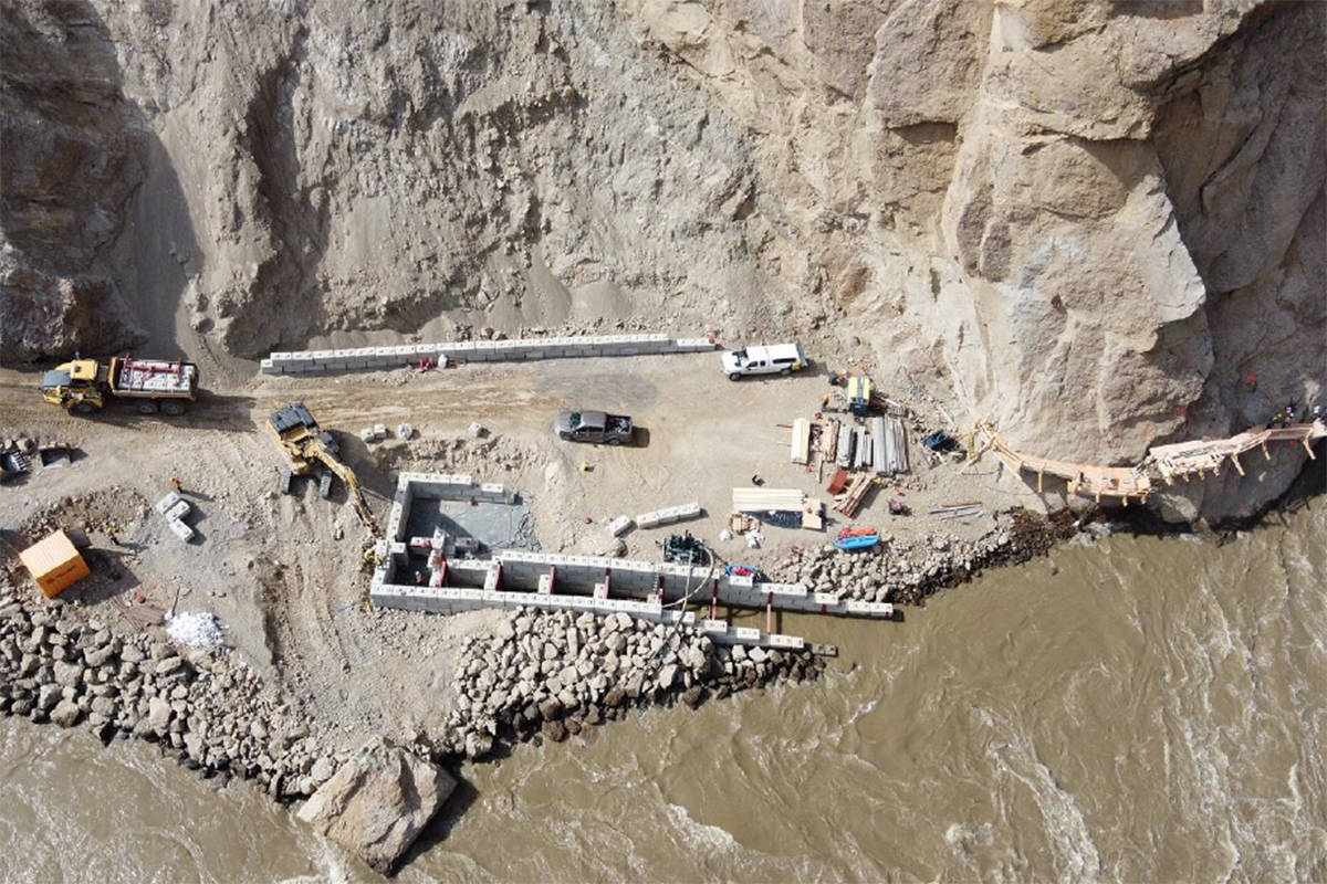 A top down view of the fish ladder constructed to help fish into the Whooshh Passage Portal. (Fisheries and Oceans Canada photo)
