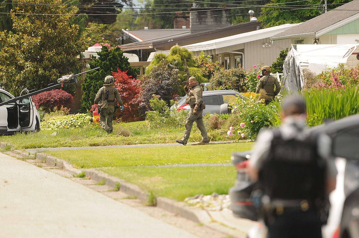The RCMP, including its Emergency Response Team, were on scene at at house on Fairview Drive near Strathcona Road on the morning of Wednesday, June 3, 2020. (Jenna Hauck/ The Progress)