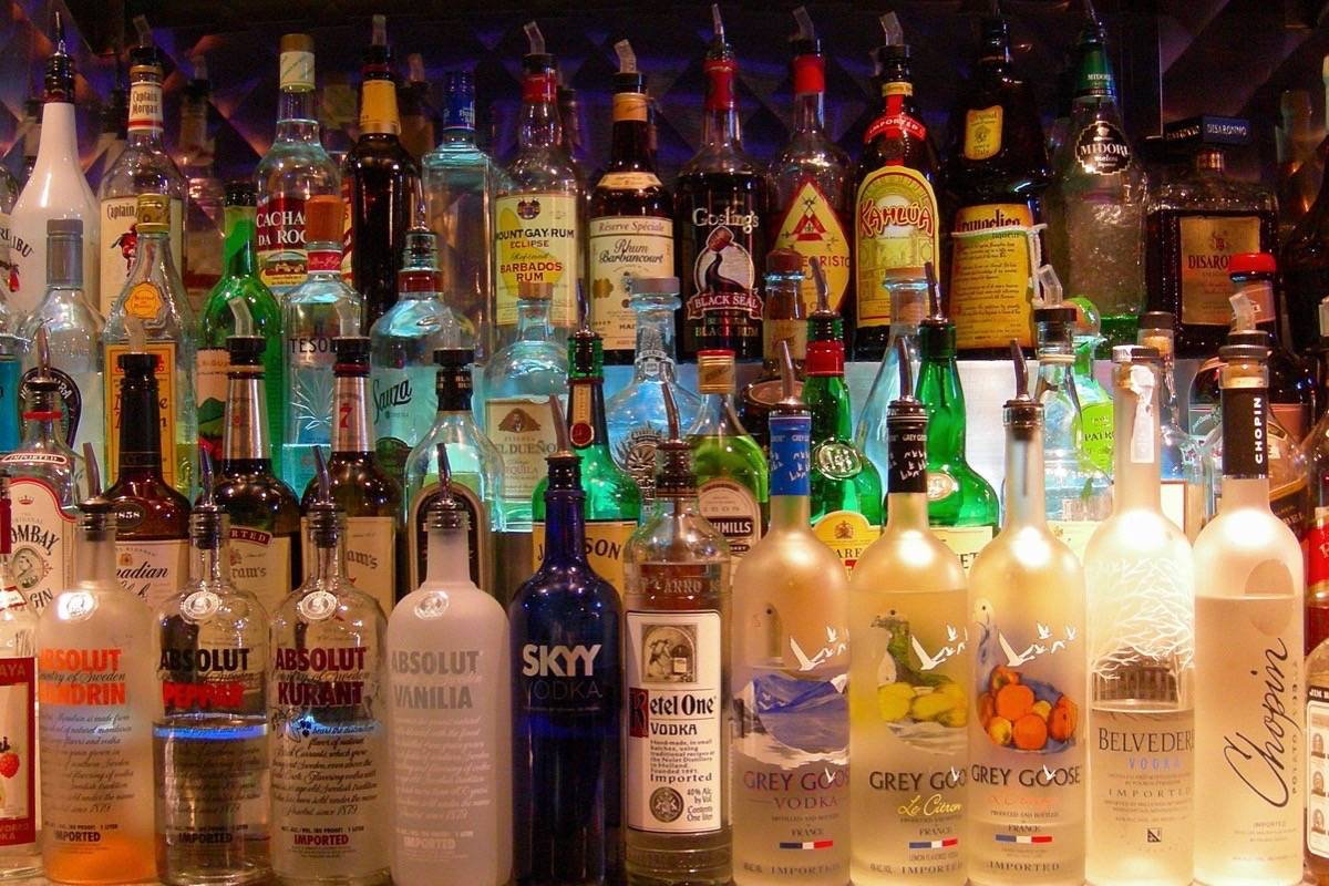B.C. bars, pubs and restaurants pay a wholesale and retail markup for products purchased from the Liquor Distribution Branch. (Flickr creative commons)