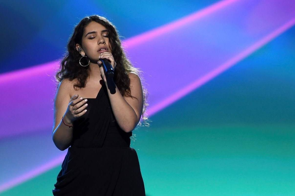 """Alessia Cara performs """"Querer Mejor"""" at the Latin Recording Academy Person of the Year gala honoring Juanes at the MGM Conference Center on Wednesday, Nov. 13, 2019, in Las Vegas. Alessia Cara emerged the top winner at this year's Juno Awards, picking up three trophies in the streaming ceremony. THE CANADIAN PRESS/AP, Invision, Chris Pizzello"""
