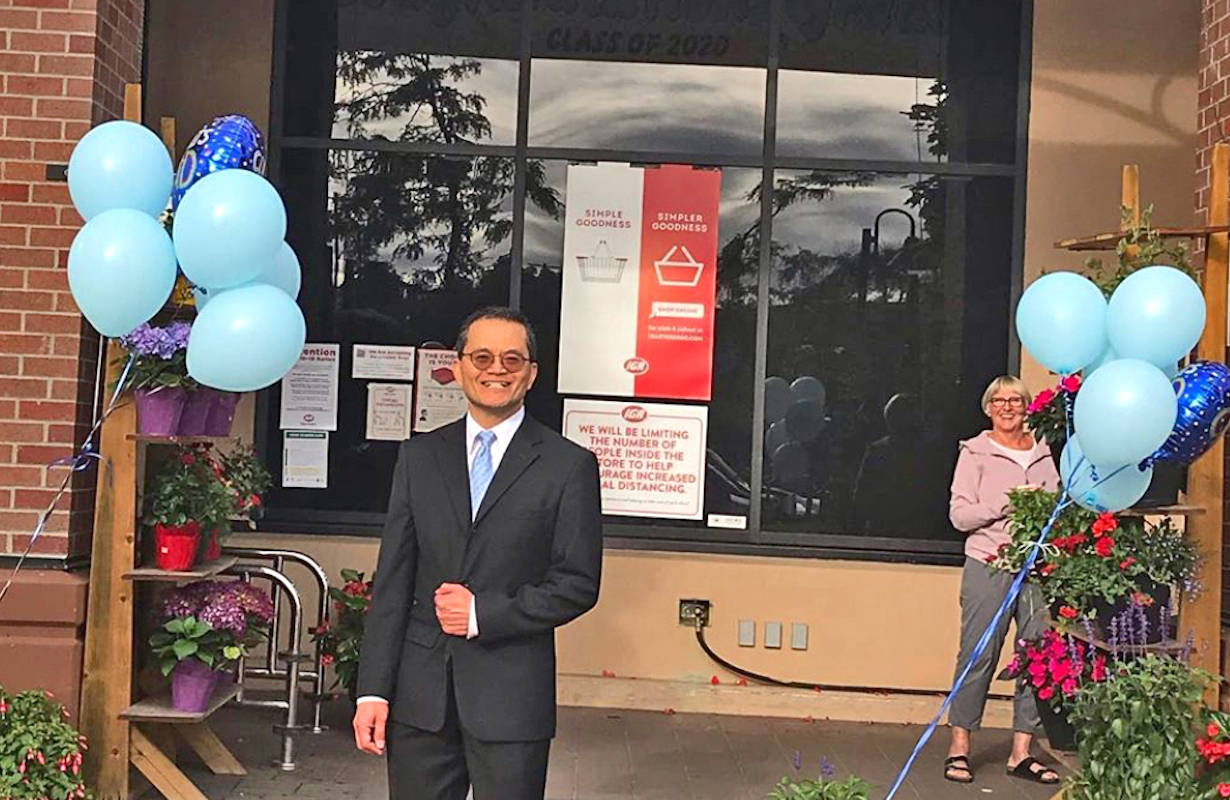 Charlie Lee threw a surprise prom for 12 of his IGA staff who graduated high school during the COVID-19 pandemic this year. (Patricia Webb/Special to the Advance Times)