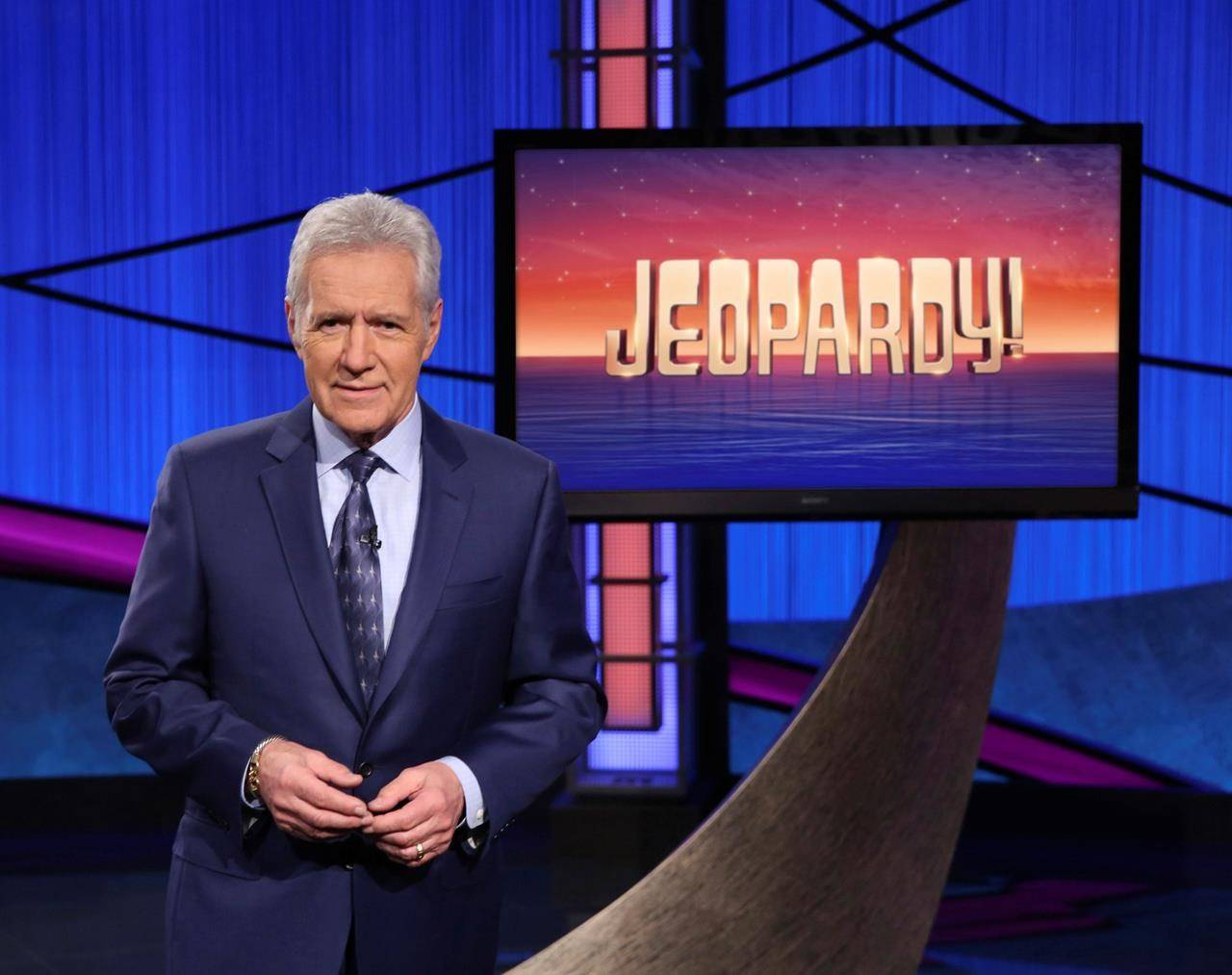 Alex Trebek says if current cancer treatment doesn't work, it might be his last