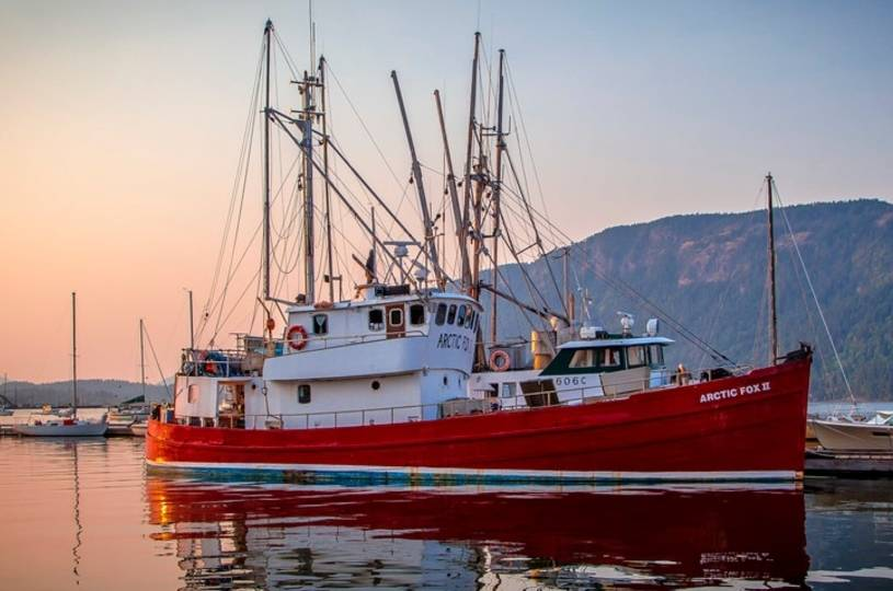 UPDATE: Two dead after fishing boat sinks off southern Vancouver Island