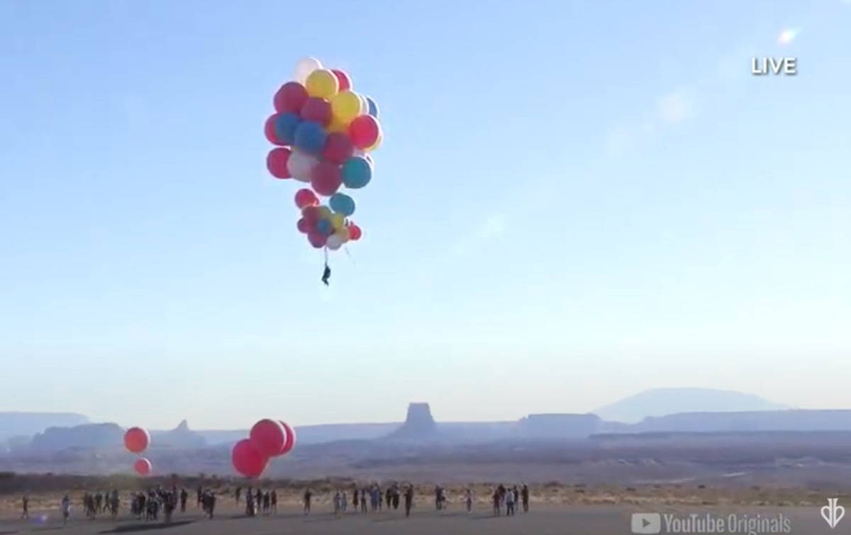 David Blaine completes his 'Ascension' stunt over Arizona. (YouTube screenshot)