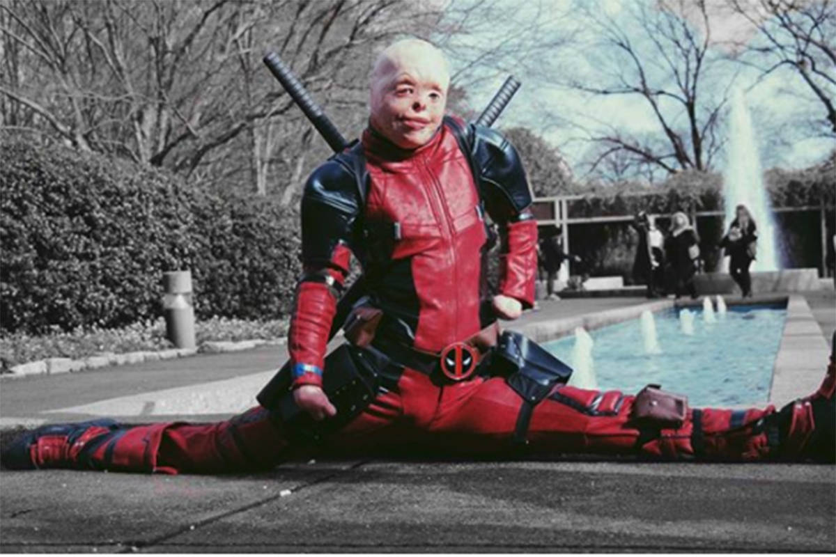 Ryan Reynolds makes a 'dream come true' for burn survivor dressed as Deadpool