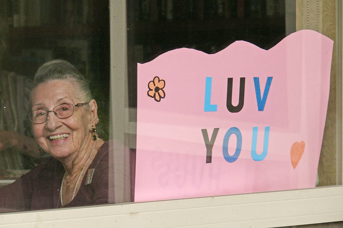 A sign of support from a resident at the Langley Chartwell Gardens retirement residence on Saturday, Sept. 12. (Dan Ferguson/Langley Advance Times)