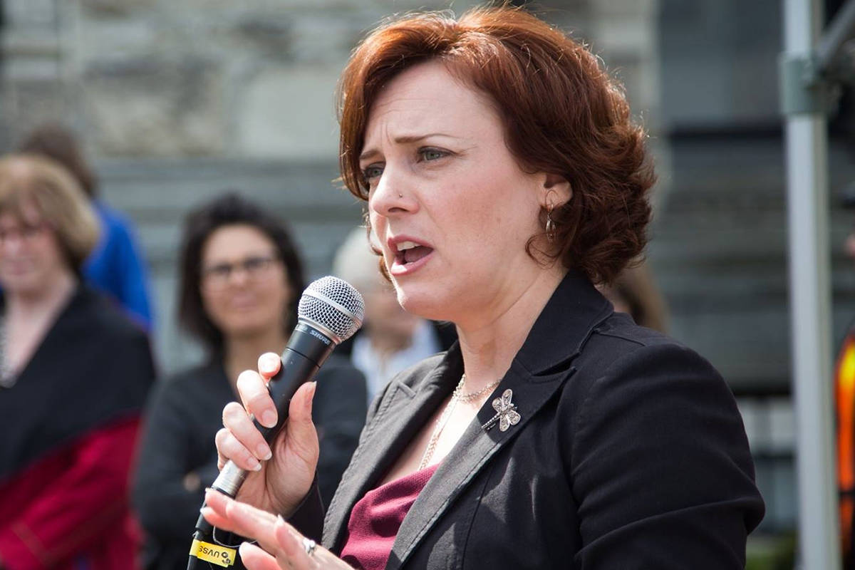 Nelson-Creston MLA Michelle Mungall speaking at rally April 2016. Photo submitted