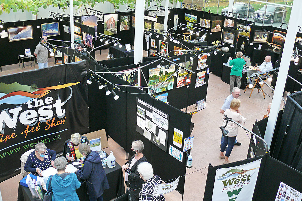 Visitors to the West Fine Art Show on Sept. 18-10, 2020 at the Glass House Estate Winery on 0 Avenue entered on one side, and walked one-way in a circle around the exhibition space, before exiting. (Dan Ferguson/Langley Advance Times)