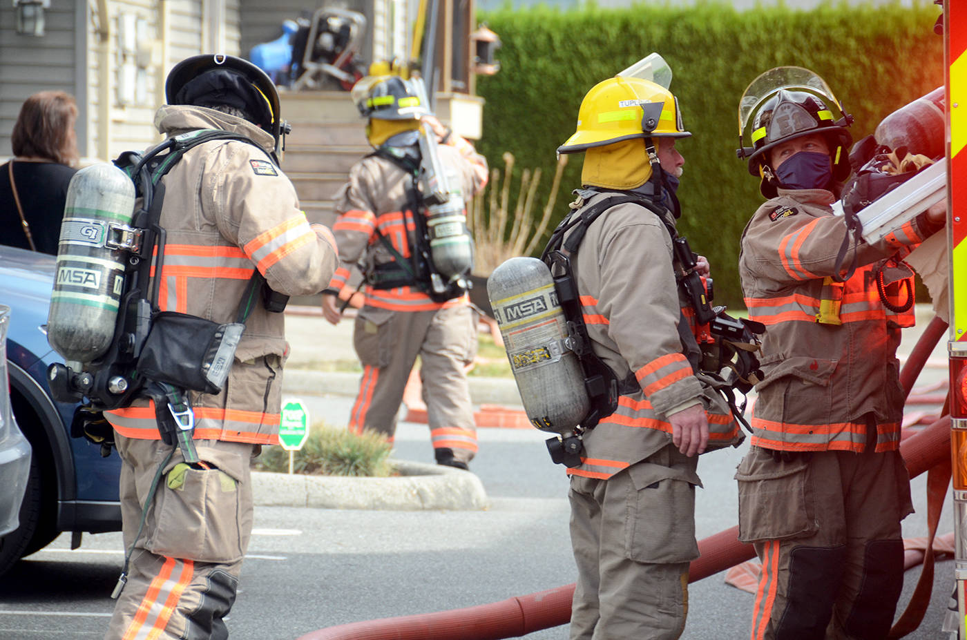 Neighbour's quick actions save dogs and home in Chilliwack townhouse fire