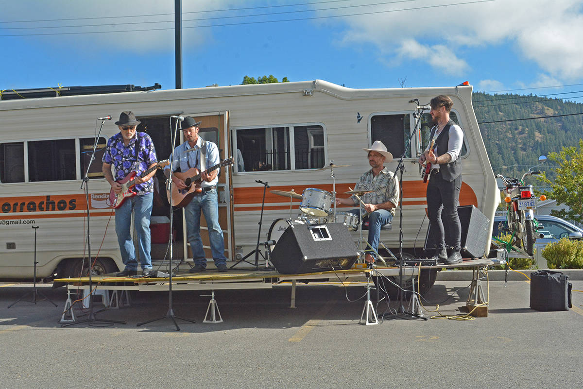 Los Borrachos from Vancouver Island perform in the parking lot of a long-term care home in Williams Lake Tuesday, Sept. 22. (Monica Lamb-Yorski photo - Williams Lake Tribune)