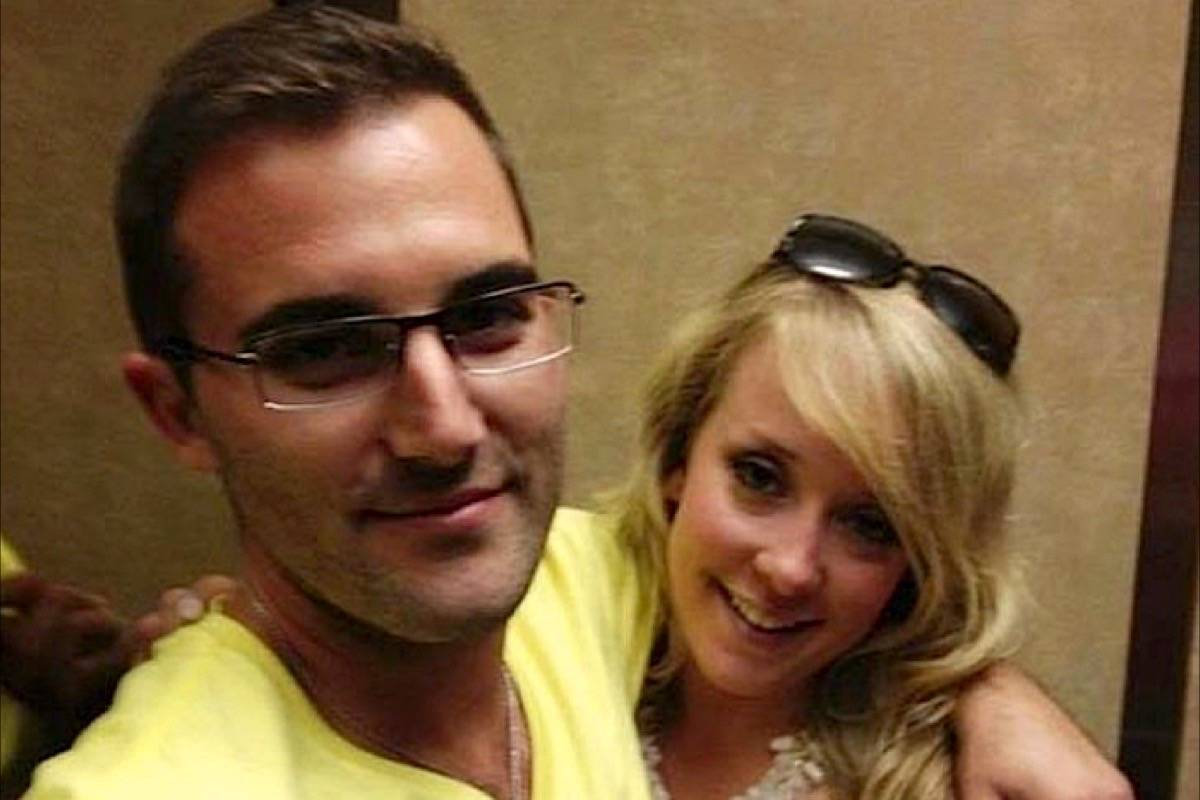 Lauren Sewell and Dallas Smith died when the small plane they were travelling in crashed near Kelowna in August 2012. (File photo)