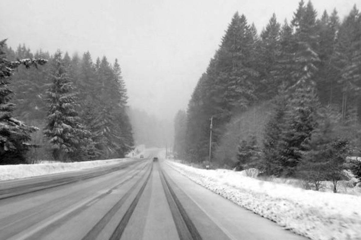 Snowfall on Okanagan Connector. (Contributed)