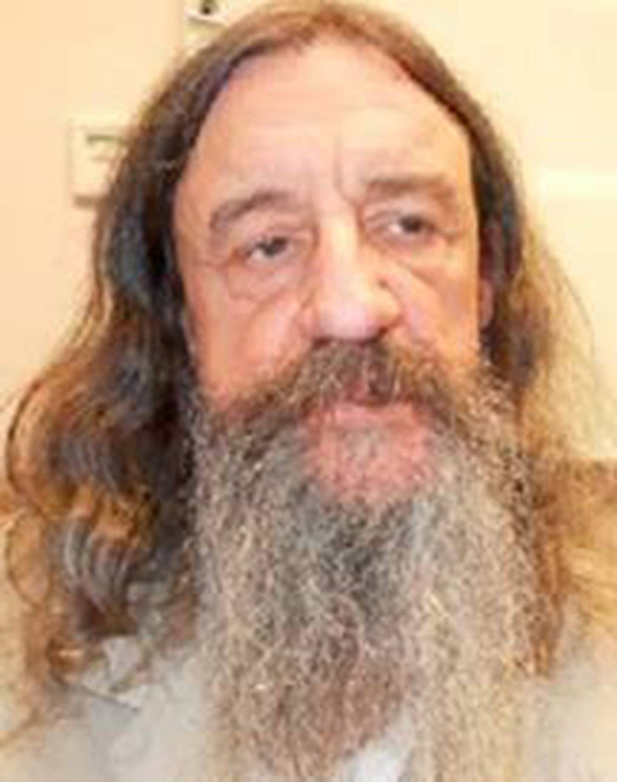 Name: Yvan Savard Age: 62 Height: 5'6 ft Weight: 145 lbs Hair: Brown Eyes: Green/Brown Wanted: Assault Peace Officer & Assault w/ a Weapon Warrant in effect: August 10, 2020 Parole Jurisdiction: Vancouver, BC