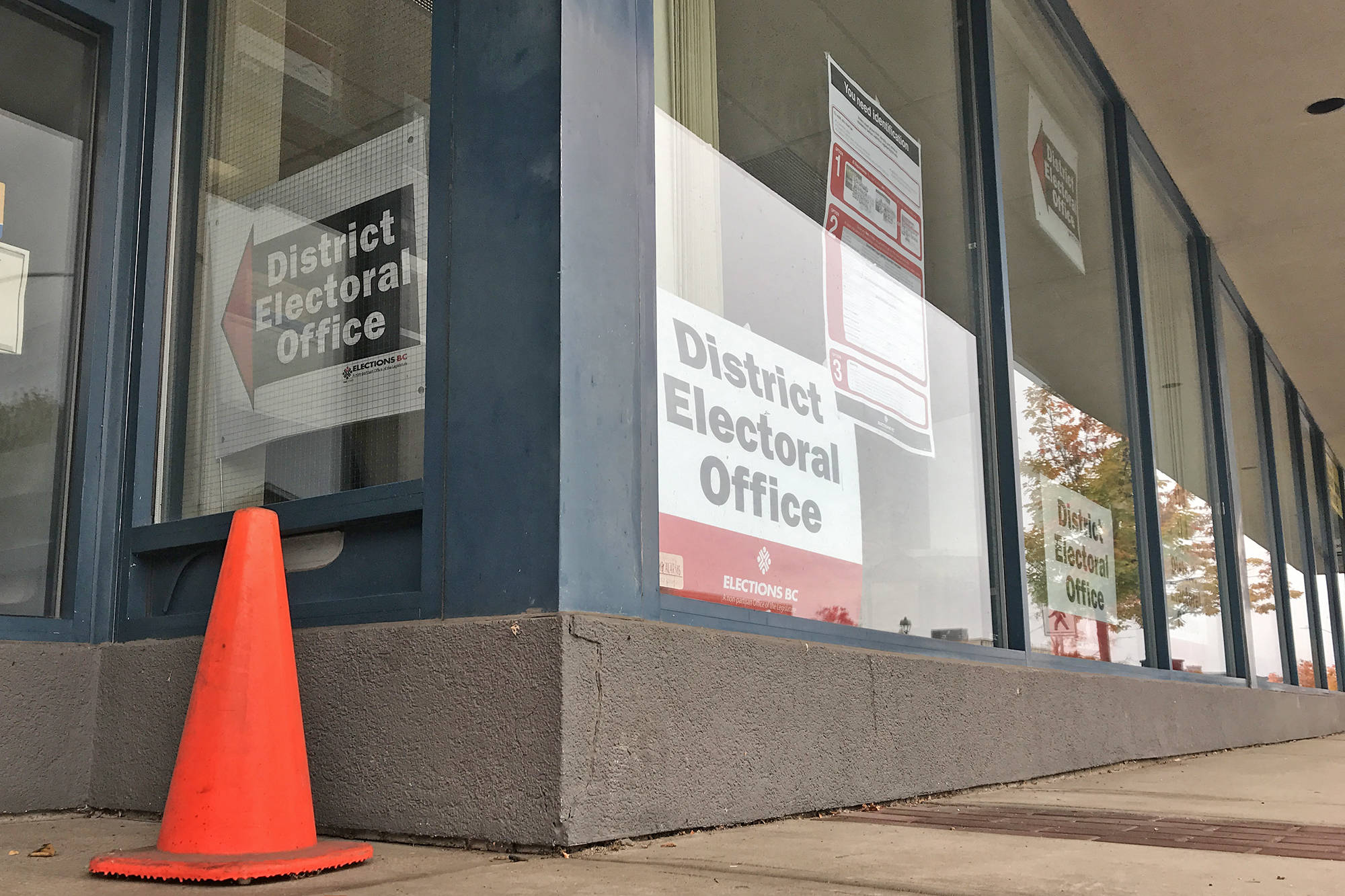 Shuswap voters can vote early at the local Elections BC office at 171 Shuswap Street in downtown Salmon Arm. (Lachlan Labere-Salmon Arm Observer)