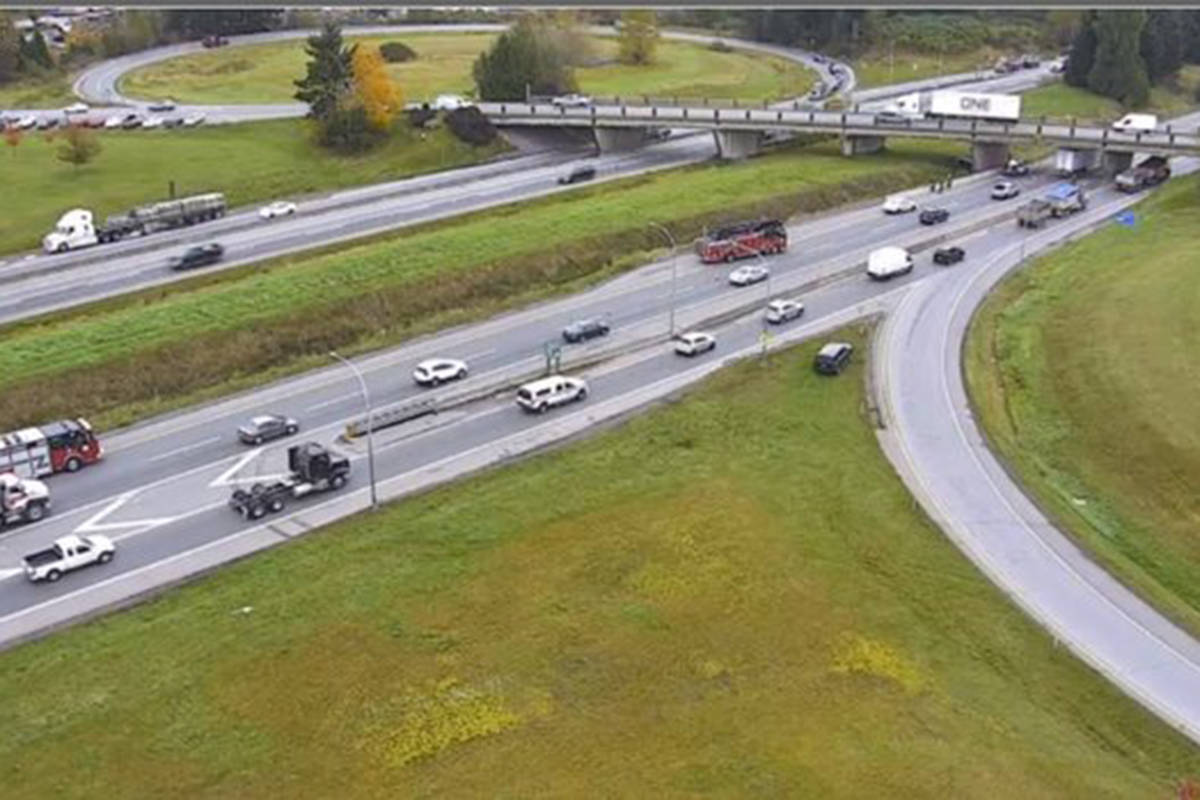 Emergency crews on scene at a vehicle incident eastbound on Highway 1 at 264th Street in Langley on Oct. 20, 2020. (DriveBC)