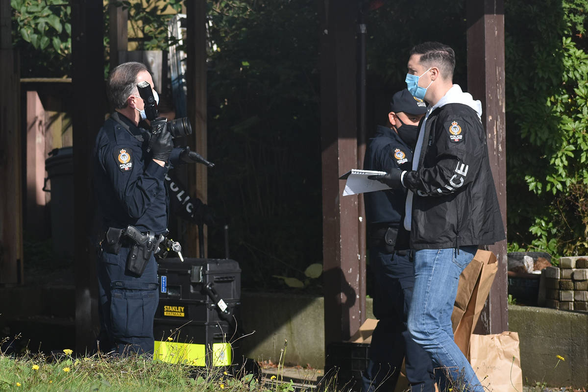 Vancouver Police were at a White Rock home Oct. 20 to conduct a search warrant. (Aaron Hinks photo)
