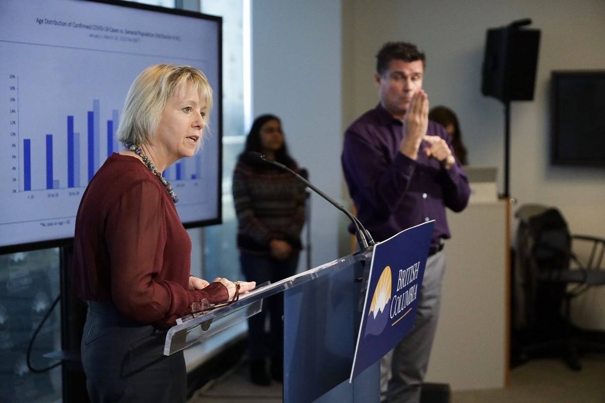 Provincial health officer Dr. Bonnie Henry presents modelling of COVID-19 spread in B.C., March 25, 2020. (B.C. government photo)