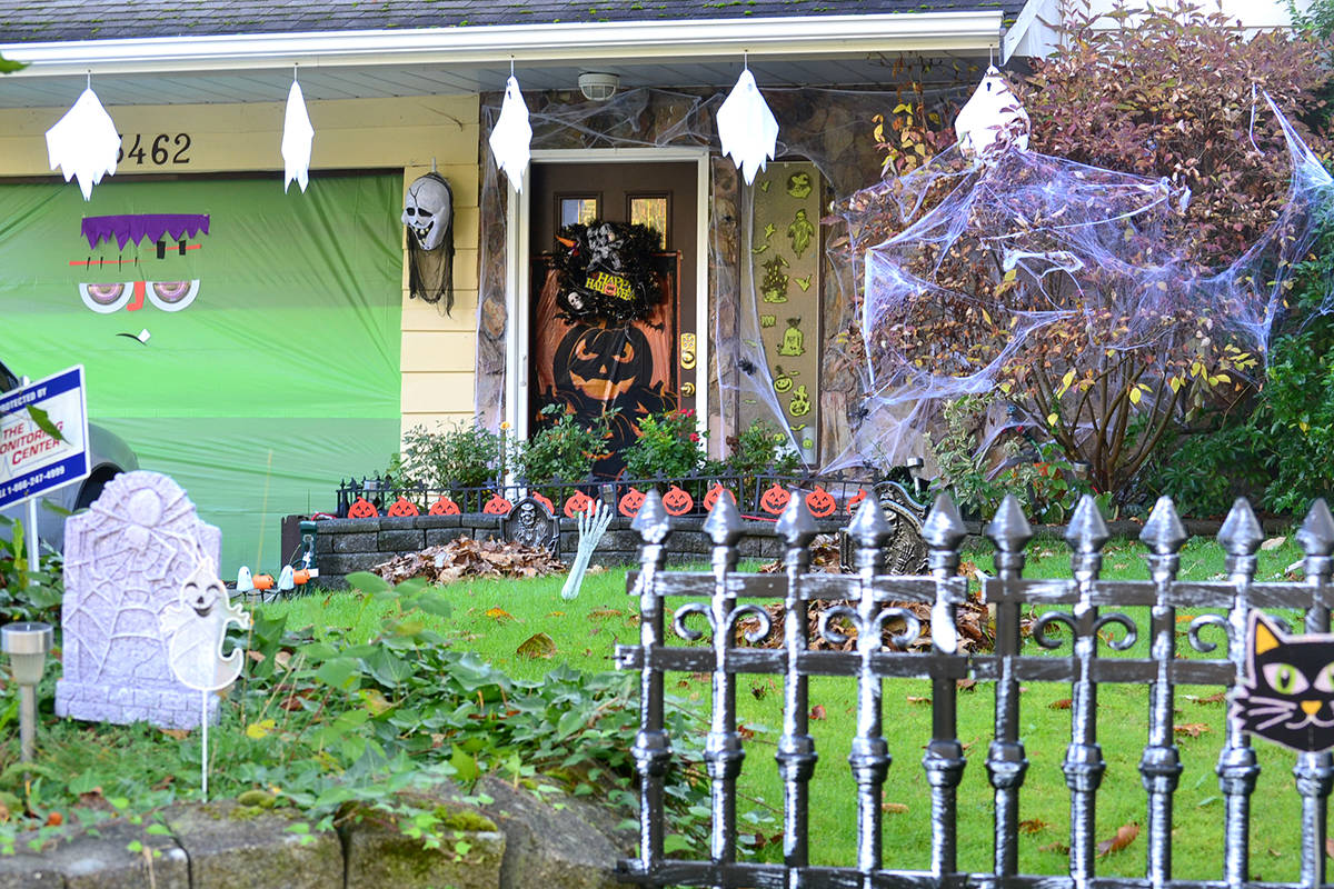 Halloween houses around Aldergrove. (Ryan Uytdewilligen/Aldergrove Star)