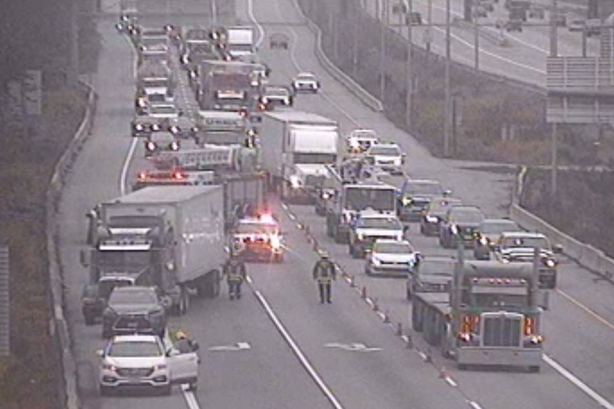 Emergency crews are on scene of a vehicle incident eastbound before the 200th Street off-ramp on the Trans-Canada Highway in Langley on Tuesday, Oct. 27, 2020. (DriveBC)