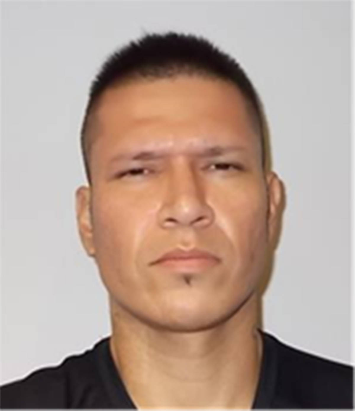 Name: HENDERSON, CoreyAge: 30Height: 6 ftWeight: 189 lbsHair: BlackEyes: BrownWanted: Unlawfully at Large, Possession of Property Obtained by Crime-Over, Operation While Prohibited, Break, Enter and Commit (x2), Mischief, Fail to Comply with Conditions of Undertaking/Recognizance.Warrant in effect: October 11, 2020Parole Jurisdiction: Vancouver, B.C.
