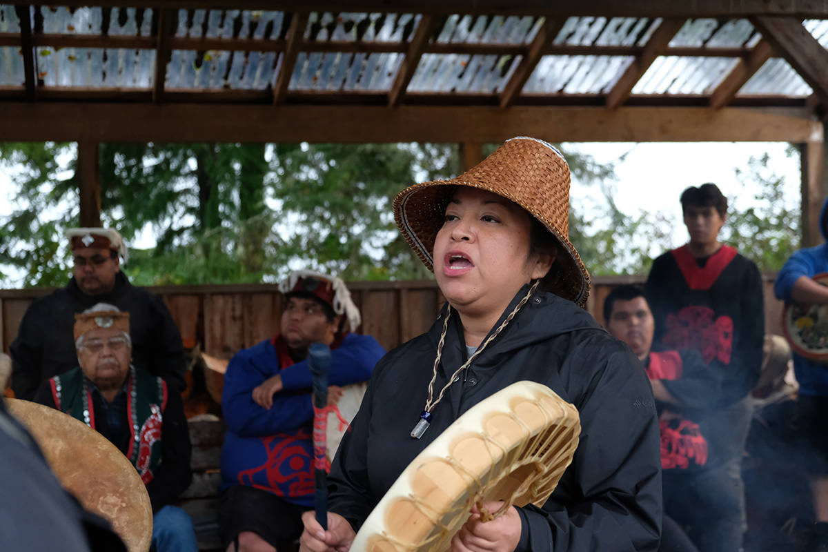 Salla Sukow sings the women warrior song at a recent Gwa'sala-'Nakwaxda'xw gathering. Ceremony will be part of the Indigenous Court process. (Zoe Ducklow photo)
