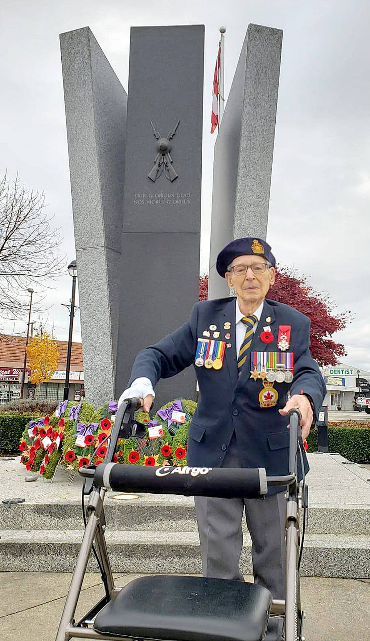 Murrayville's John Swityk had to pay his respects to his fallen comrades from D-Day, as well as all the other soldiers – past and present – who have sacrifices. Despite most Remembrance Day ceremonies being cancelled, the 99-year-old Langley man insisted on visiting the Langley cenotaph today (Nov. 11, 2020). (TaraLee Richards/Special to Langley Advance Times)