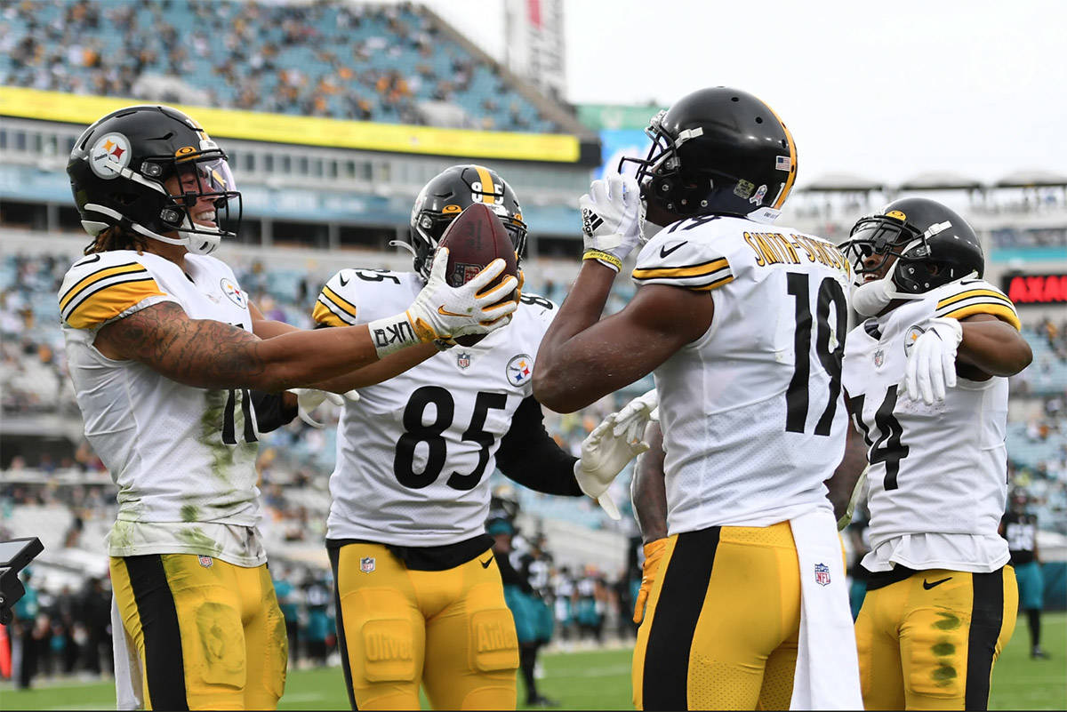 Abbotsford's Chase Claypool celebrates with teammates after scoring a touchdown on Sunday. (Karl Roser/Pittsburgh Steelers)
