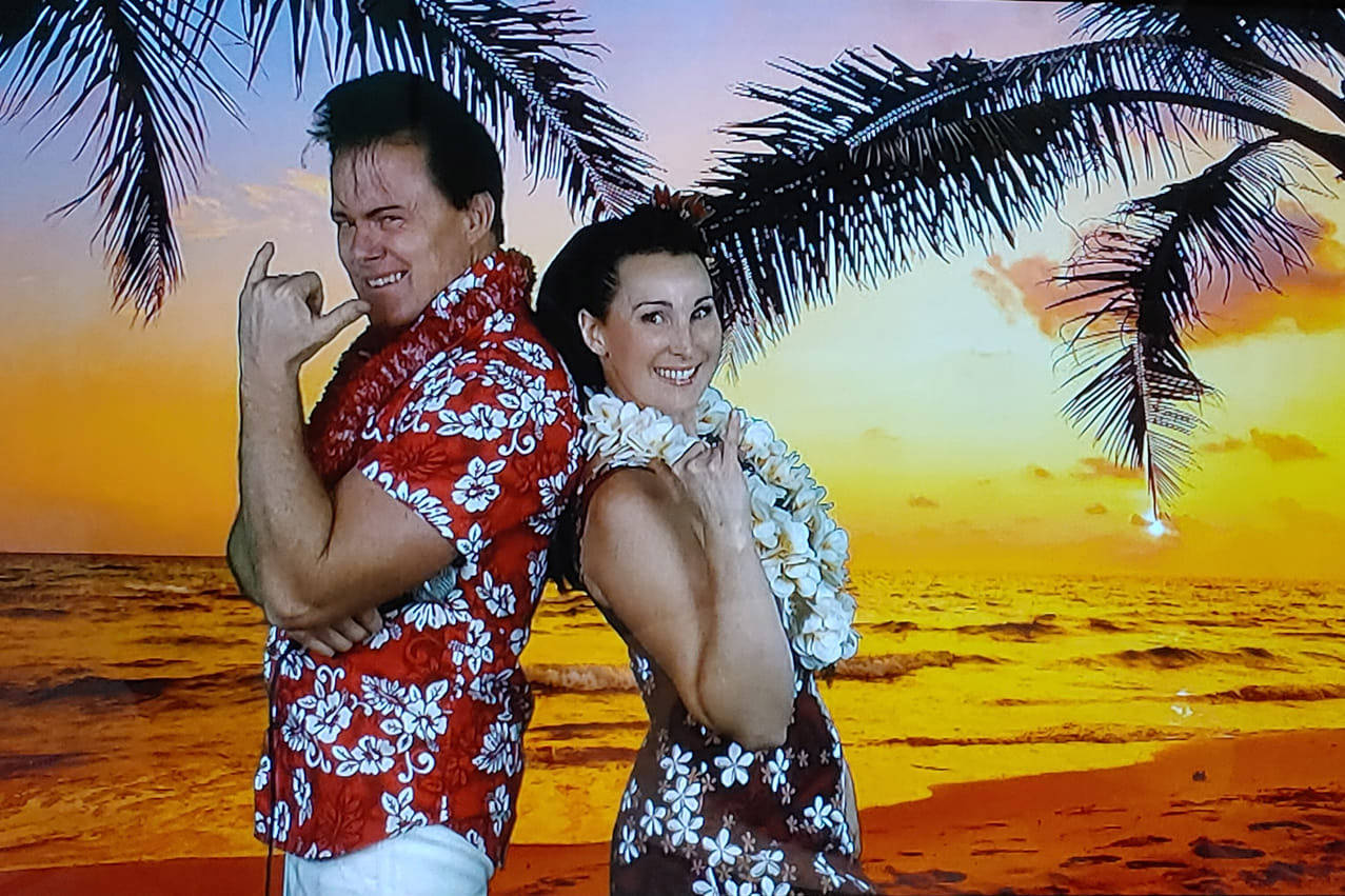 Steve 'Elvis Elite' Elliott, seen here with Jacquie Hamon, has released a DVD of him performing his Christmas show to bring hope and joy to seniors in lockdown. (John Barson)