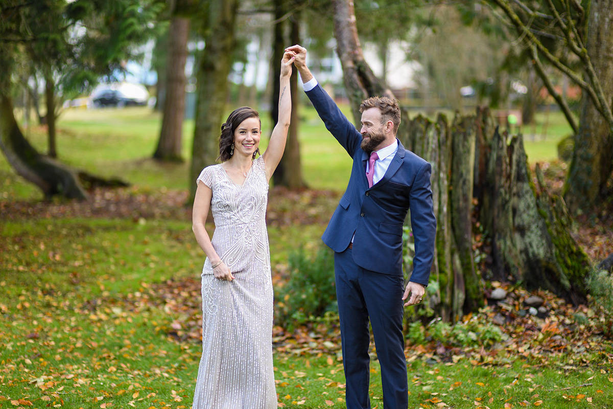 After twice have their wedding plans altered due to COVID-19 restrictions, Suzanne Schmidt and Andrew Sturgess got married in Bakerview Park last weekend, with the only guests being their two daughters, Zoey and Tessa. (Darren Ripka photo)
