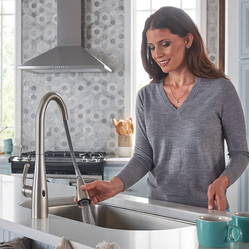 Like many of today's tech-infused home appliances and accessories, the U by Moen sSmart Faucet blends the best of style and function.