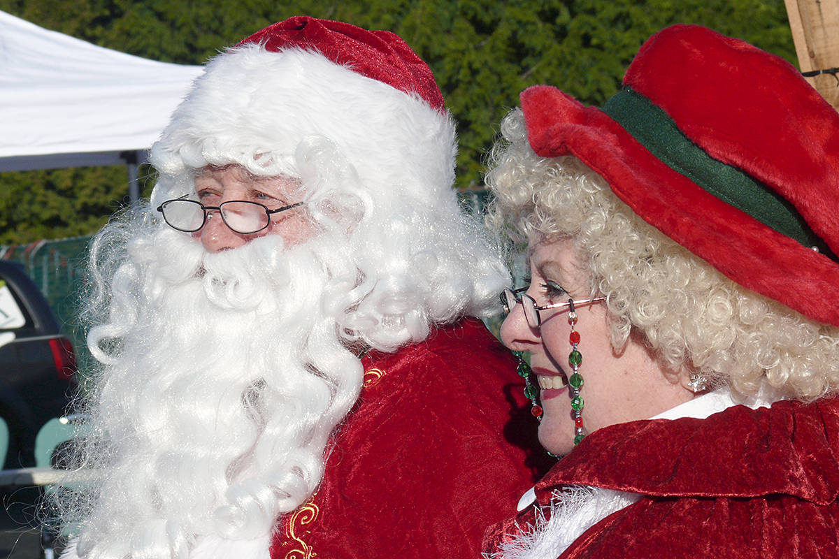 Santa and Mrs. Clause greeted donors during the Saturday, Dec. 12, afternoon event that generated a record amount of same-day contributions top the Aldergrove Food Bank (Dan Ferguson/Langley Advance Times)