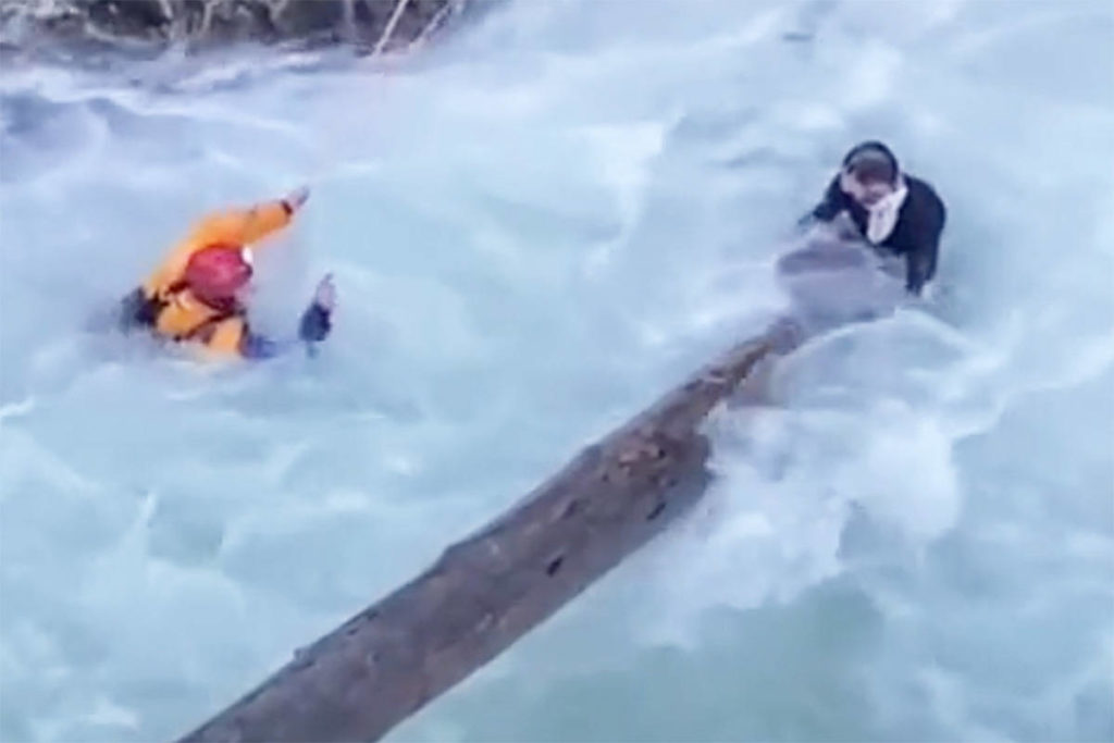Arrowsmith Search and Rescue crews rescued a man from the water on Saturday, Dec. 12 in Little Qualicum Falls Provincial Park. (Screencap via tiktok/@quinnteechma)