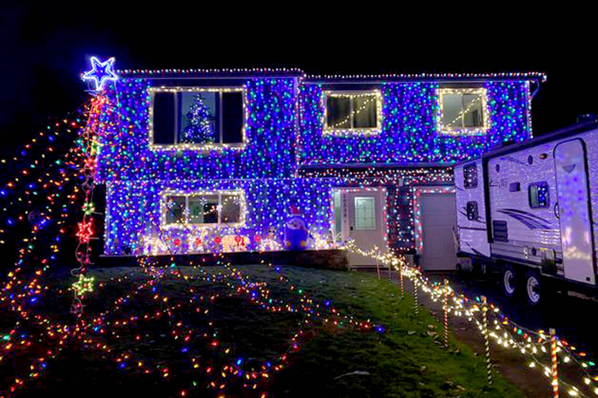 Darren Pennington's home at 26538 33 Ave, Aldergrove has 8,000 lights that are synced to music. (Darren Pennington/Special to the Aldergrove Star)