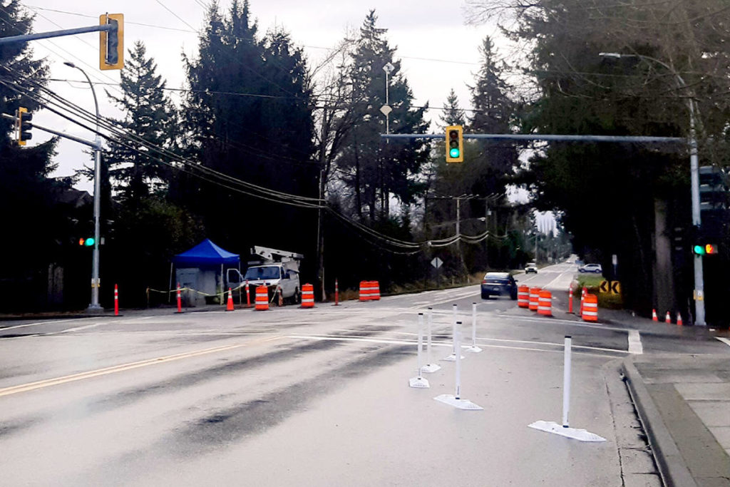 Lights have gone up at 272nd Street and 28th Avenue so pedestrians can cross in a more safe manner. (Cashmere Roder/Special to The Star)
